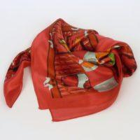 Damska apaszka jedwabna, oryginalna, w energetycznym odcieniu fuksji.
