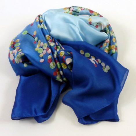 Cienki szal jedwabny niebiesko-błękitny (1)