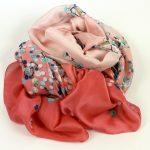 Cienki szal jedwabny różowy (1)
