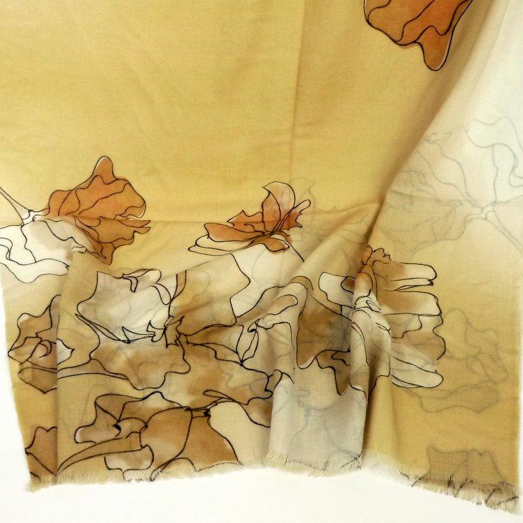 Cienki szal z wełny kwiaty żółty