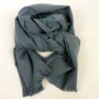 Ciepły jesienno-zimowy szal damski z wiskozy