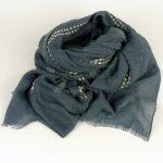 Lekki zwiewny szalik niebieski (1)