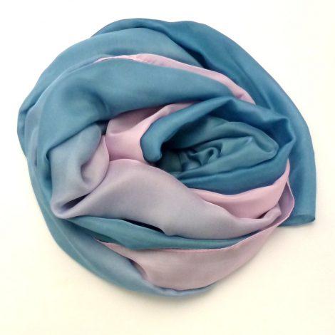 Szal cieniowany niebiesko - różowy (2)