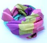 Kolorowy szal dla kobiety