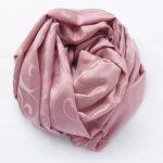 Szal z ornamentowym wzorem różowy (5)
